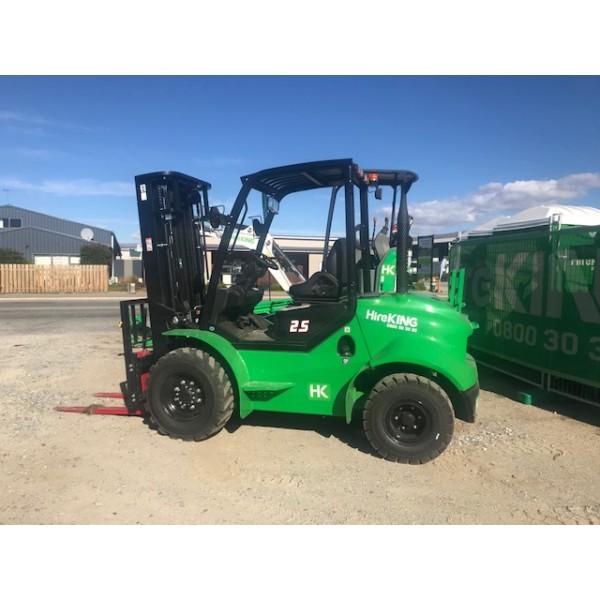 Forklift 2.5t (All Terrain)